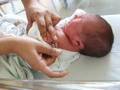 Vacunar bebé