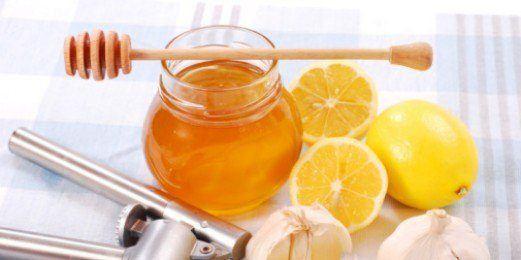 Cómo-curar-las-anginas-remedios-limon-y-miel