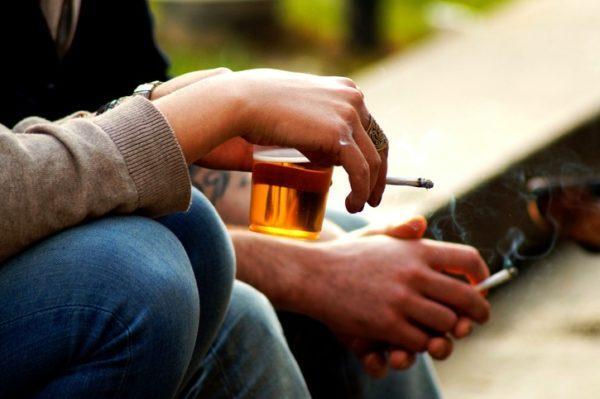 Efectos secundarios de la amoxicilina alcohol y tabaco
