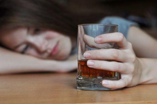 Alcoholismo abuso alcohol