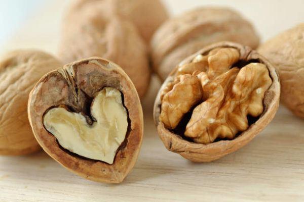 Alimentos que contienen glutamina nueces