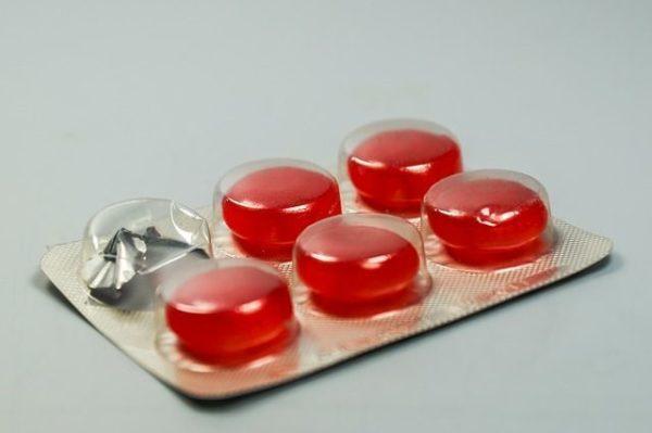 bronquitis-aguda-pastilla-roja