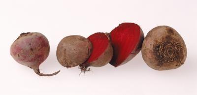 causas-y-tratamiento-de-la-sangre-en-las-heces-remolacha