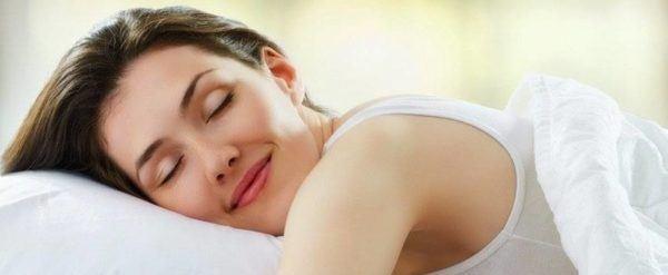 como-dormir-bien-10-trucos-para-reducir-el-insomnio-y-dormir-toda-la-noche-suplementos-de-melatonina