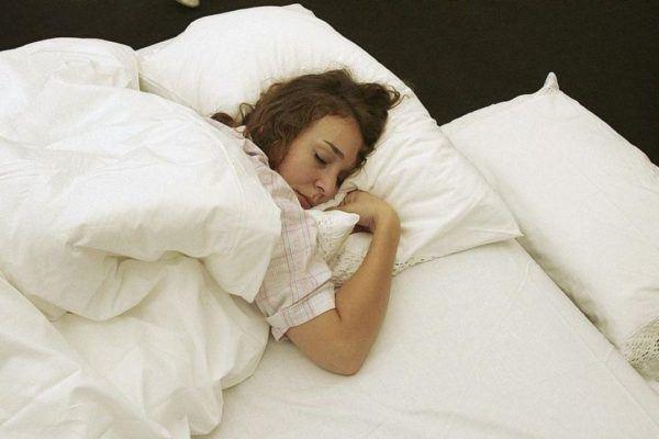 como-dormirse-en-un-minuto