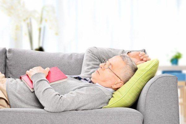 Como tomar melatonina para dormir siesta