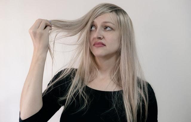 ¿Como puedo decolorar mi pelo?