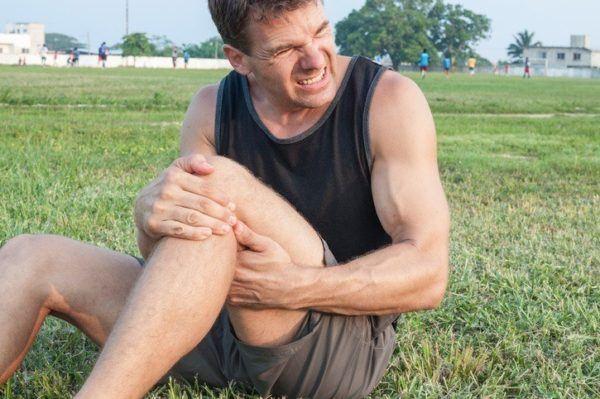 Dolor de rodilla en el campo