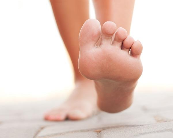 Justamente y para siempre sanar el hongo de los pie