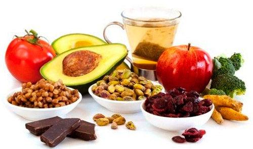 esteatosis-hepatica-sintomas-causas-tratamiento-alimentos-con-vitamina-e