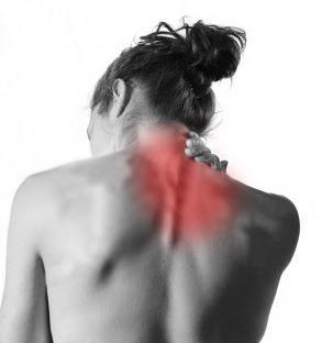 El dolor en los riñones de la causa da en el pie y la nalga