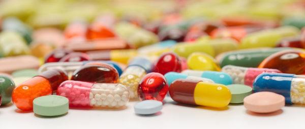 heces-amarillas-antibioticos