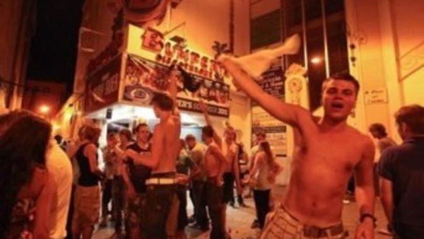intoxicacion-alcoholica-aguda-fiesta