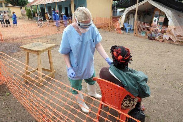 los-sintomas-del-contagio-del-ebola