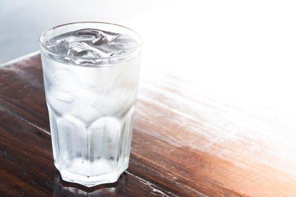 Nauseas y vomitos efectos bebida fria