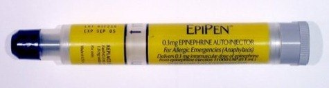 properly-administer-epinephrine-shot-800X800