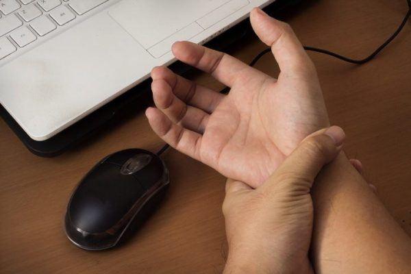 Sindrome del tunel carpiano dolor de mano