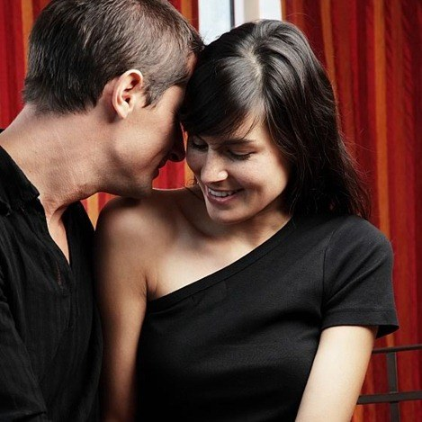 top-10-ways-to-flirt-with-a-woman-sexually_10