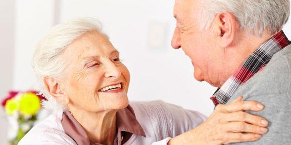 voltaren-contrindicacines-Ancianos